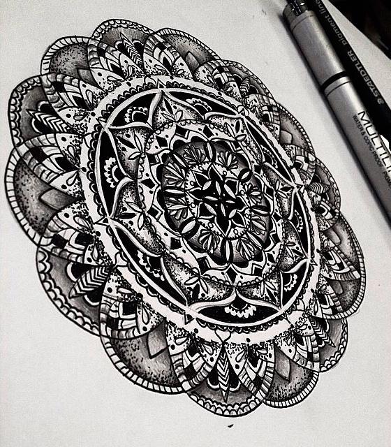 Эскиз татуировки Мандала (100)