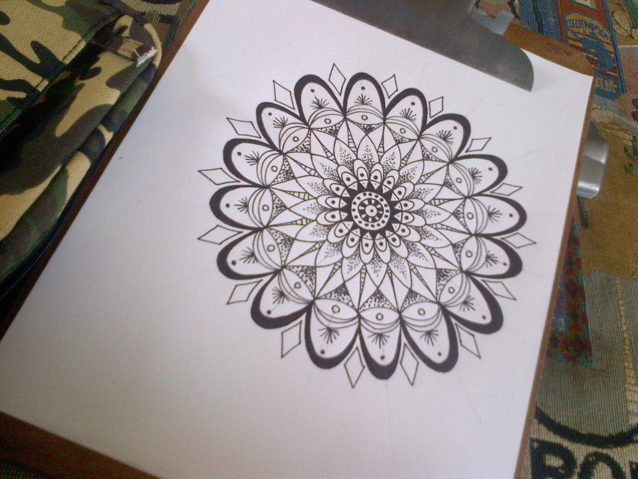 Эскиз татуировки Мандала (132)