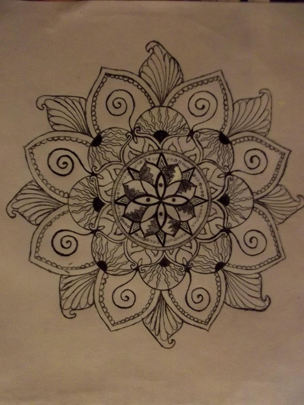 Эскиз татуировки Мандала (136)