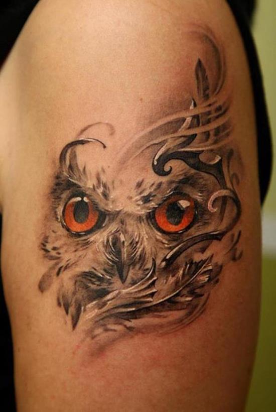 Глаза совы на плече