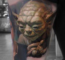 Реалистичная татуировка Мастера Йода