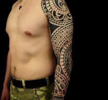 Рукав в полинезийском стиле