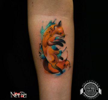Рыжая лиса в стиле акварель