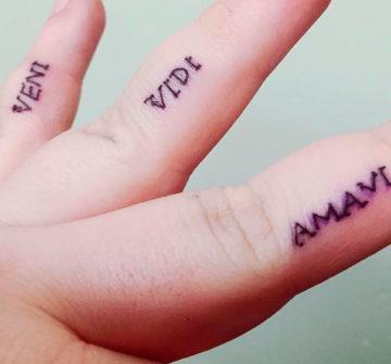 Надпись Veni, Vidi, Amavi