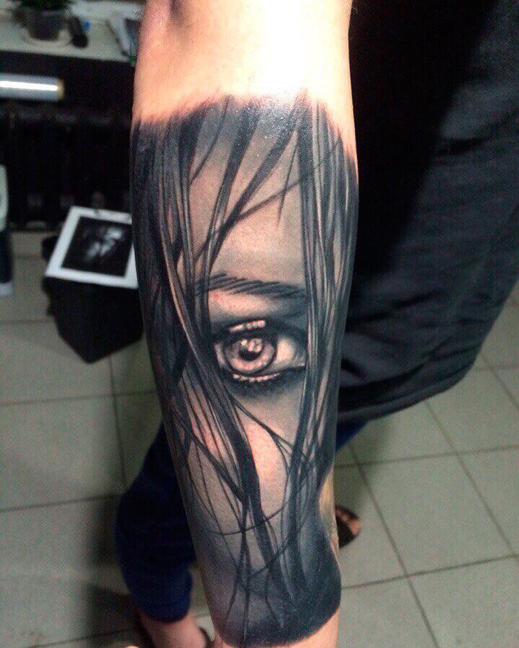 Лицо с глазом