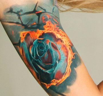 Татуировка горящая роза