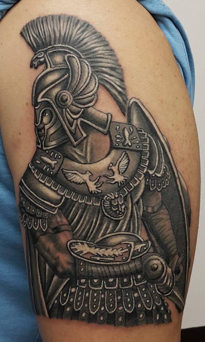Гладиатор, тату на плече