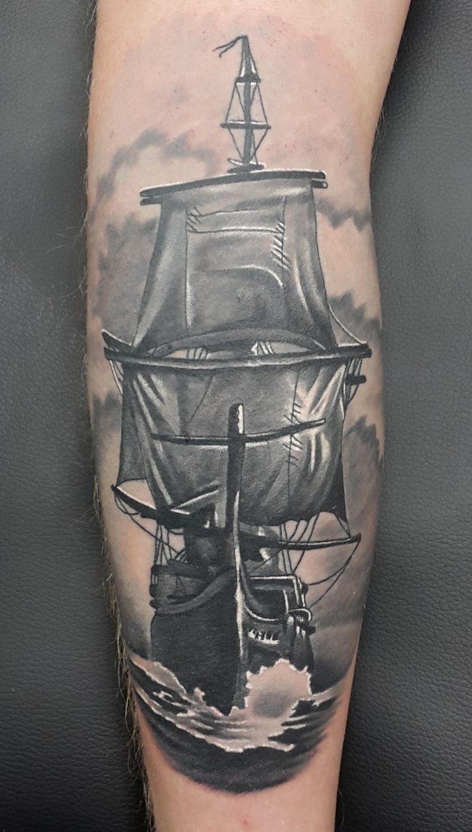 Корабль, black&grey