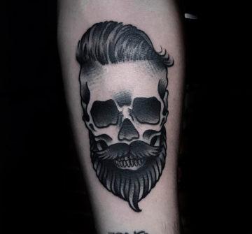 Тату череп с бородой