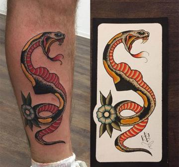 Змея с цветком, мужская тату на голени