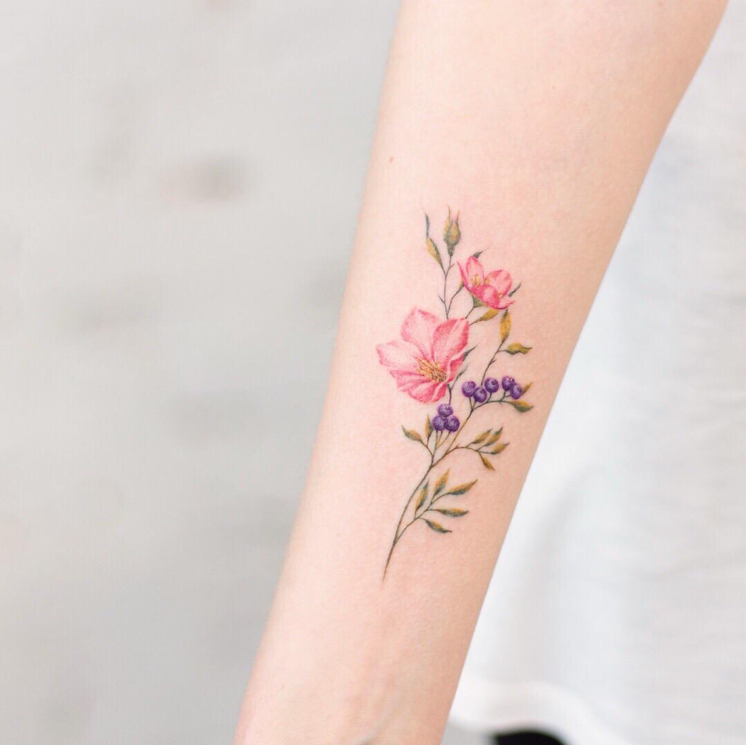 Popolare тату акварель цветы