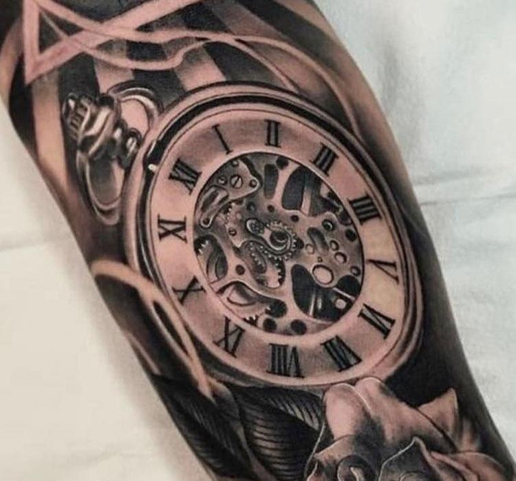 было фото тату часов и обозначение день