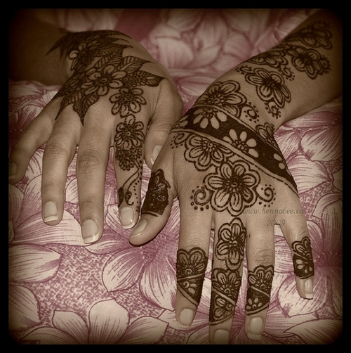 beautiful-flower-henna-tattoo